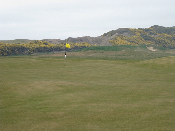 A New Version of St. Andrews Long: The sixth at Old MacDonald